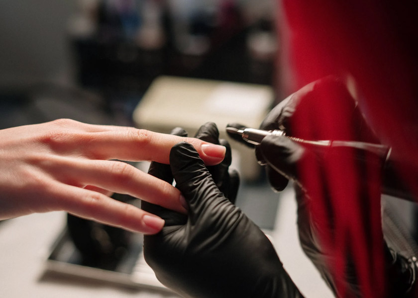Tips for Maintaining Clean and Flawless Nails